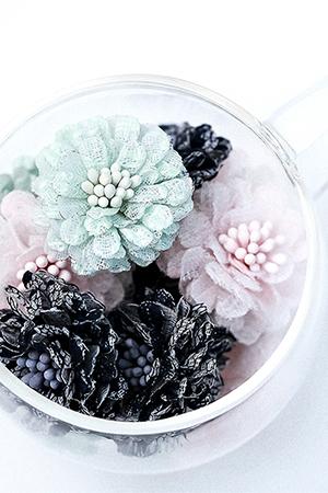 레이스수제꽃장식